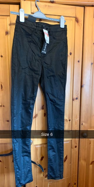 Woman's jeans size 6 and 8