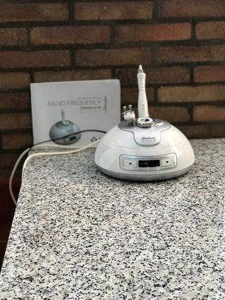 Máquina de radiofrecuencia en casa.