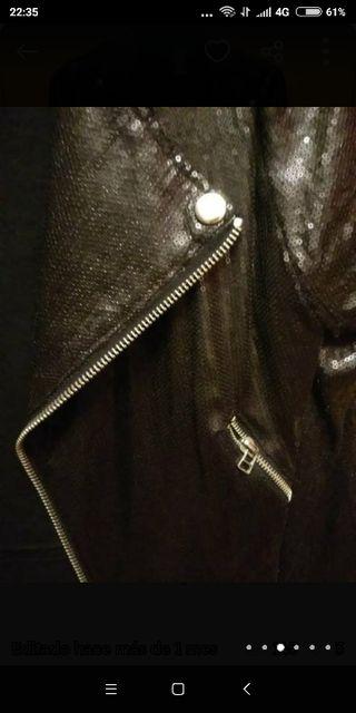 Chaqueta de lentejuelas negra Zara nueva talla M