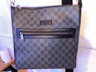 Gucci Large messenger bag