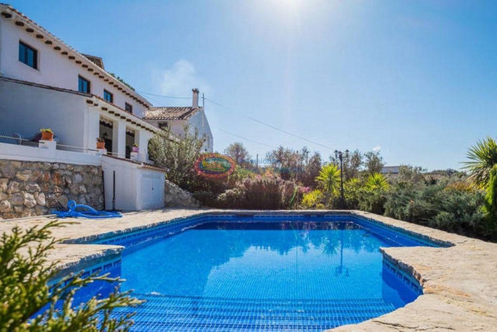 Villa en venta en Alfarnatejo (Alfarnatejo, Málaga)