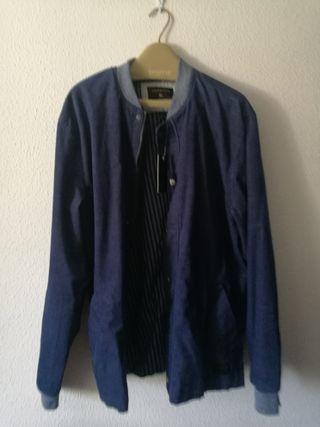 Cazadora Quiksilver de pana, Talla XL, azul nueva