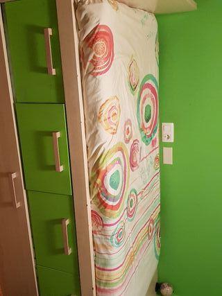 habitación infantil buen estado