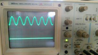 Osciloscopio Promax y generador de señal