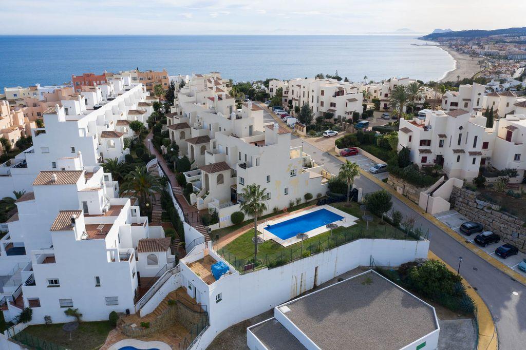 Ático dúplex con magníficas vistas! (Bahía de Casares, Málaga)