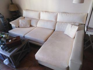 sofá chaise longue con arcón