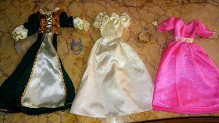 3 vestidos coleccion de fasciculos de Barbie ?