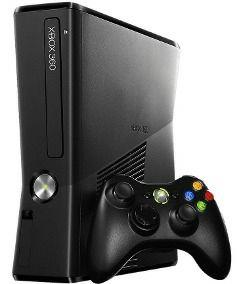 Xbox 360 slim + 2 mandos + GTA V