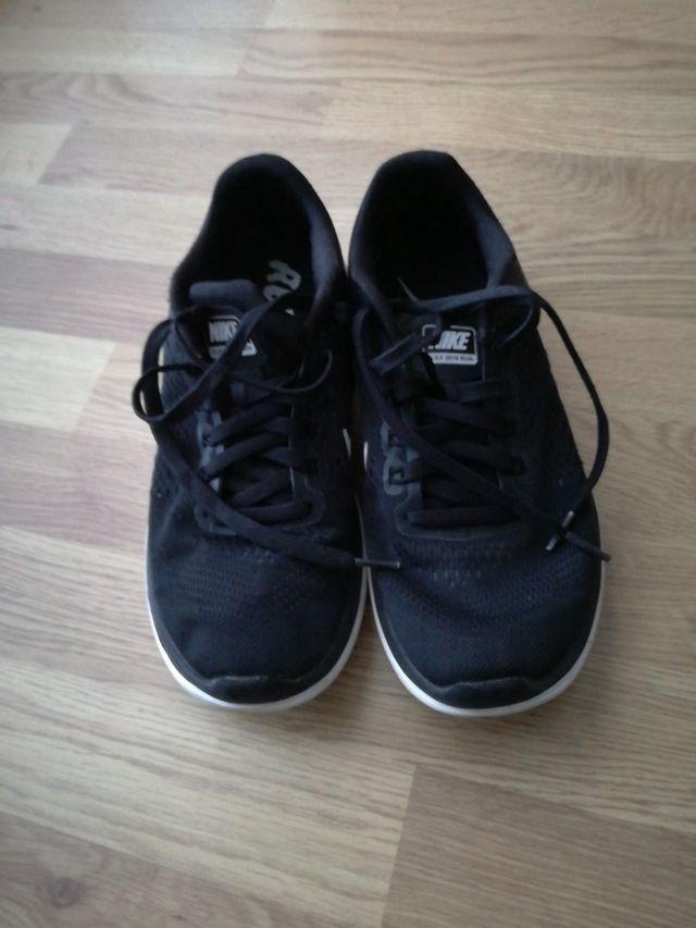 Bambas Nike running
