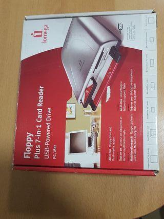 Iomega USB Lector de Tarjetas y Disquetera