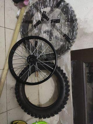 juego de ruedas pik bike MonsterPro
