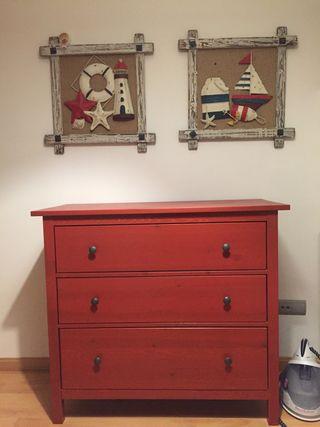 Comoda roja IKEA