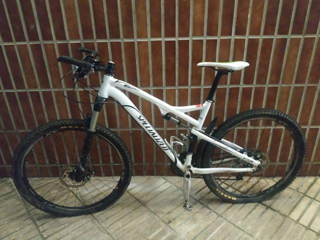 Bici SPECIALIZED + RUEDAS