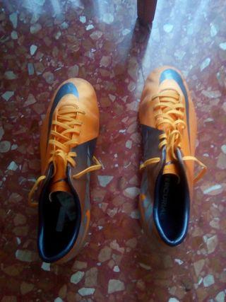 Zapatillas Nike futbol 7. talla 45