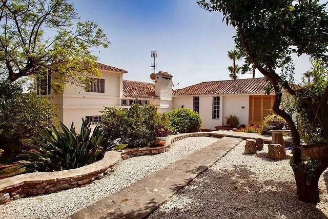 Villa en venta en Manantiales - Lagar - Cortijo en Alhaurín de la Torre (Estación, Málaga)