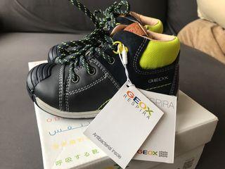 Zapatos bebé niño número 24 GEOX NUEVOS