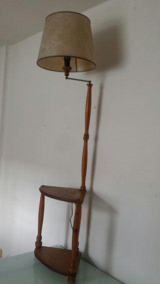 mueble esquinera con lampara