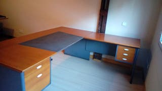 Mesa de despacho en L