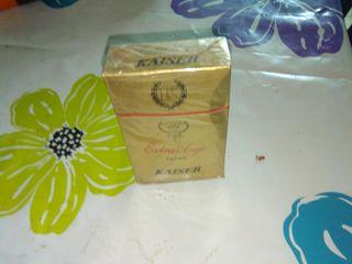 paquete de tabaco antiguo. KAISER y muchos mas