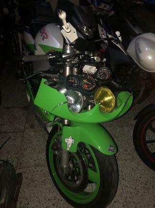 Kawasaki zxr 750l