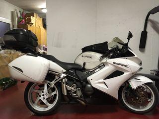 Moto Honda VFR 800 V-Tech