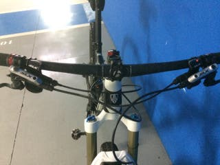 Bicicleta mtb 275 Trek Fuel