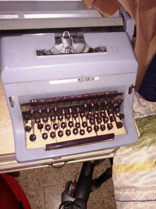 maquina de escribir,