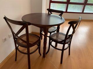 Oferta!! Mesa de madera y 4 sillas