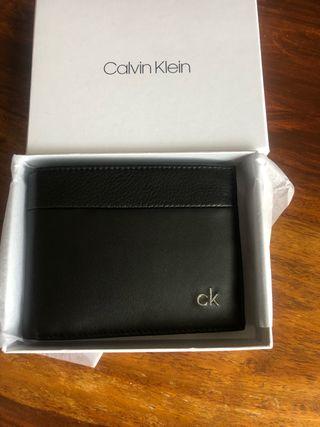Cartera/billetera A ESTRENAR Calvin Klein