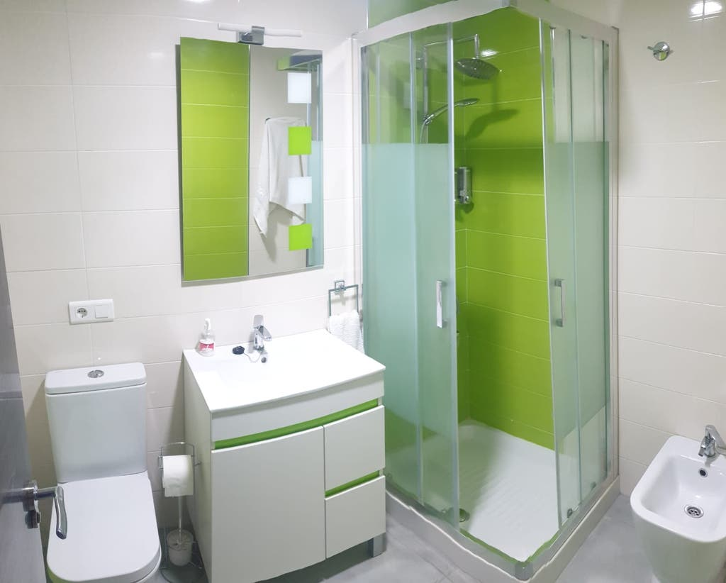 Piso en venta reformado 3 dormitorios Nerja (Nerja, Málaga)