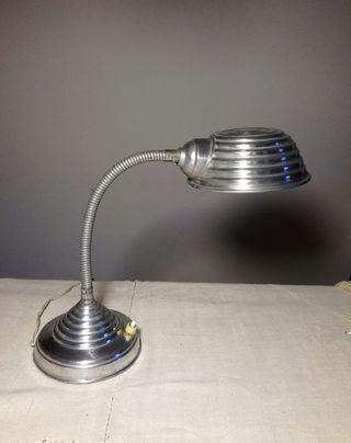 Lampara flexo de aluminio tipo Bauhaus