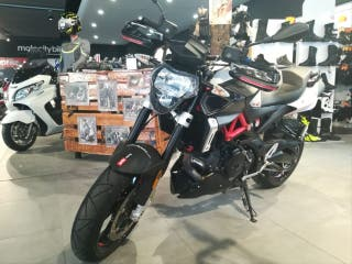 APRILIA SHIVER 900 (MOTO DIRECCION, LIMITABLE A2)