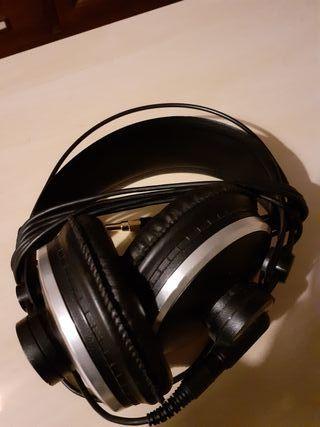 Auriculares de estudio AKG K271