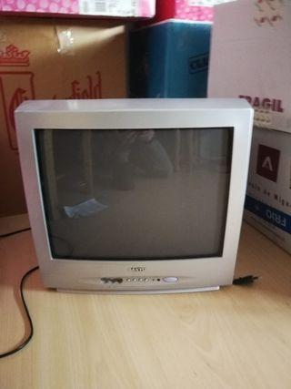televisor pequeña