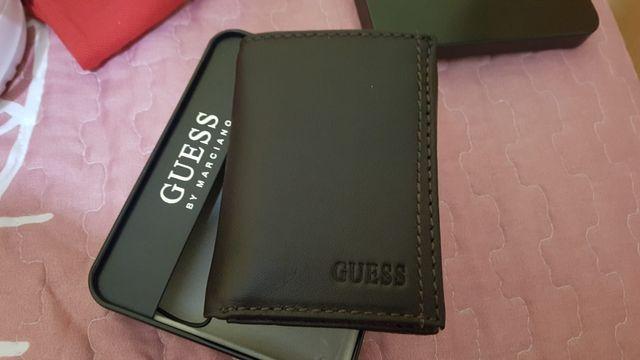Billetera/Cartera de hombre marca Guess