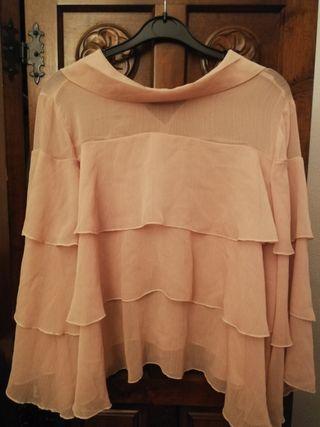 camisa rosa de volantes