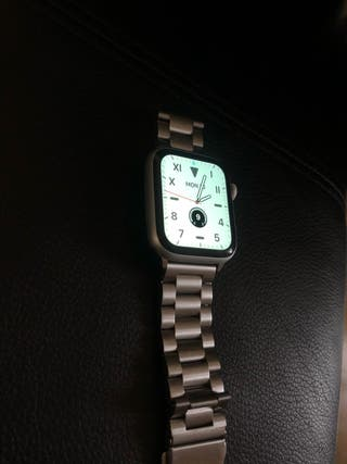 Apple Watch Series 4 44mm *LIKE NEW*