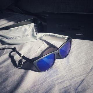 Gafas de sol HAWKERS modelo Carbon Black - Sky One