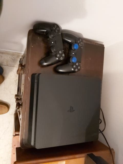 playstation4 de 1tb+ juegos+ 1 solo mando