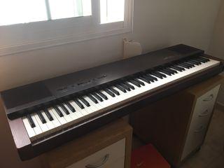 Yamaha piano electrico PF15