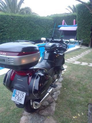 Cambio Honda Deauville 700