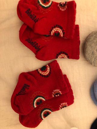 8 pares de calcetines nuevos a estrenar de 0-6 mes