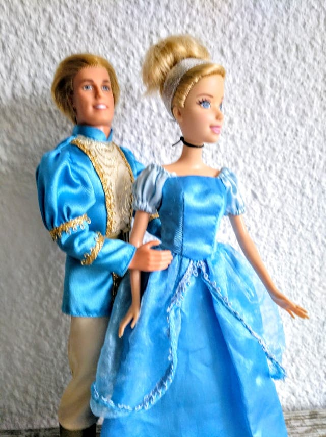 Barbie y Ken príncipes