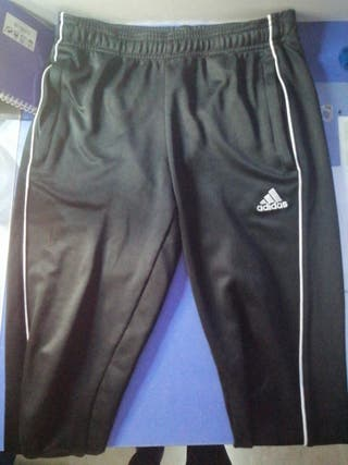 Pantalones Adidas ajustados
