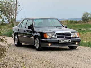 Mercedes-Benz W124 500E