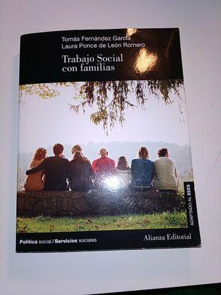 Trabajo Social con familias UNED