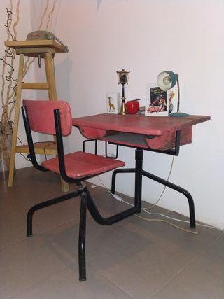 Vintage años '50 - escritorio infantil de madera