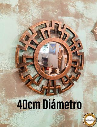 Espejo Sol Geométrico 40cm Diámetro Dorado Envejec