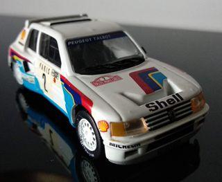 Miniatura Peugeot 205 Turbo 16 escala 1:43