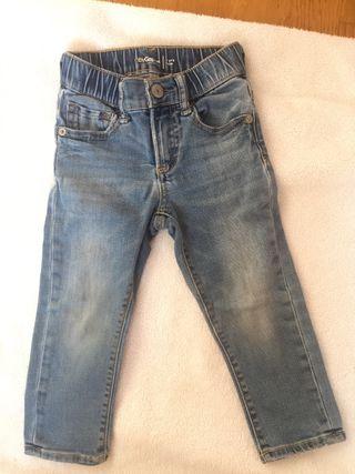 Vaqueros tejanos jeans GAP bebé niño